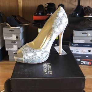 NWT Size 11 Whitney Bagley Mishcka high heels